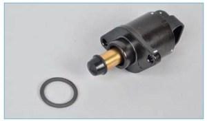 Соединение регулятора с корпусом воздушного фильтра уплотнено резиновым кольцом