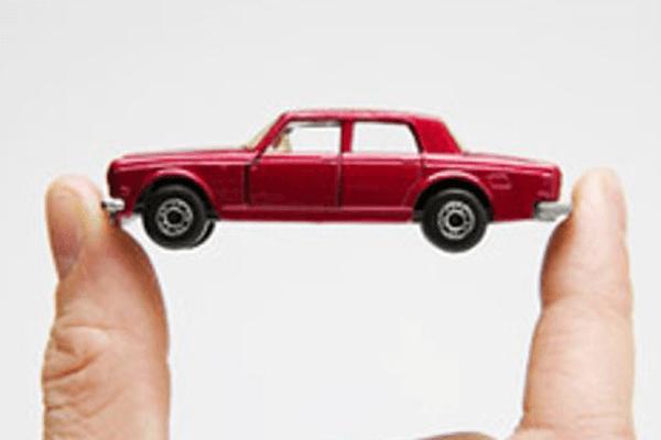 Автомобиль – это не роскошь, а всего лишь средство передвижения…