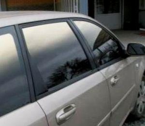 тонированные стёкла автомобиля